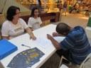 "(<a class=""download"" href=""http://www.dezmedidas.mpf.mp.br/galeria-de-midias/fotos/coleta-de-assinaturas-pelo-brasil/ba_shopping.jpg/at_download/image"">Download</a>)"